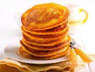 Чилийски тиквени палачинки с варена тиква, мед или кленов сироп